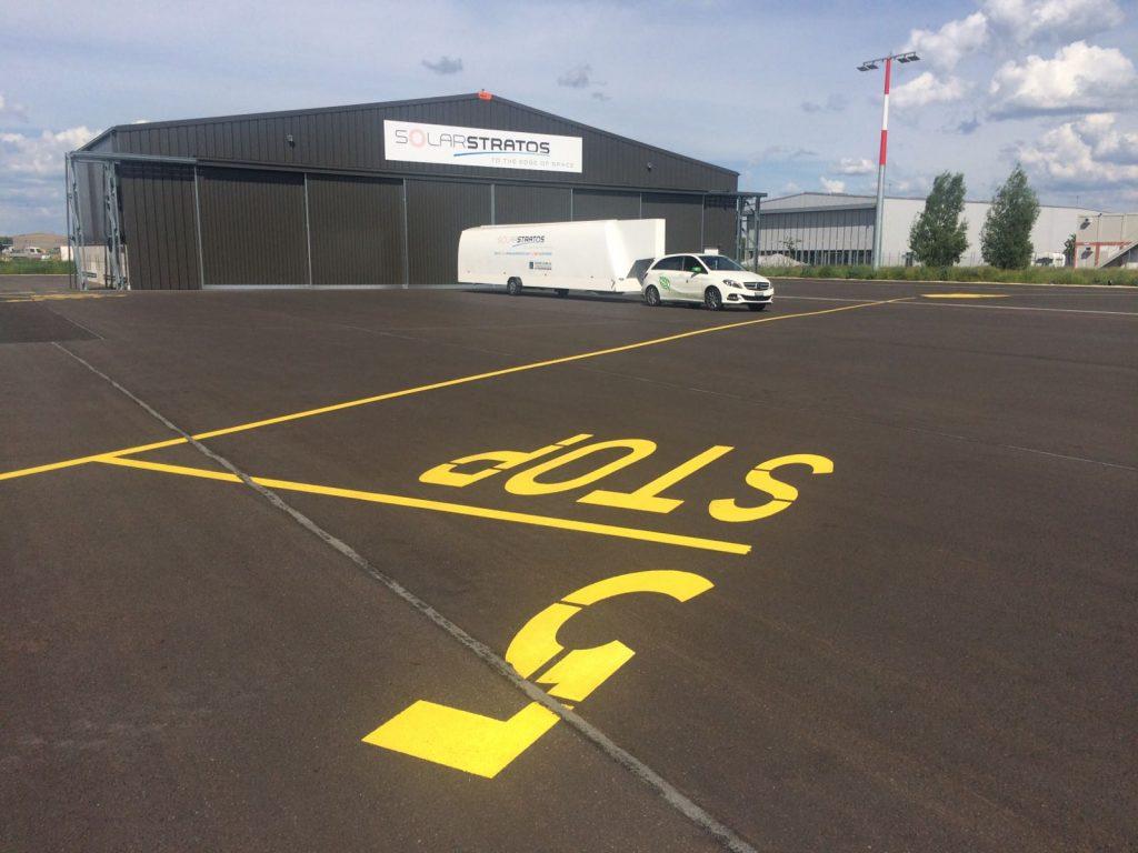 holdbare hangarer for flyvemaskiner