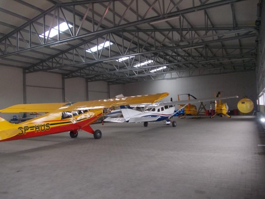 holdbare hangarer for flytrafik
